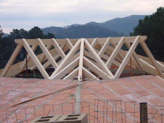 Estructuras madera tejados pergolas porches construccion cubiertas madera - Estructuras de madera para tejados ...